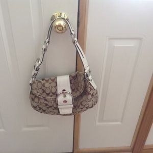 bc9c9694c Women Gently Used Coach Purses For Sale on Poshmark